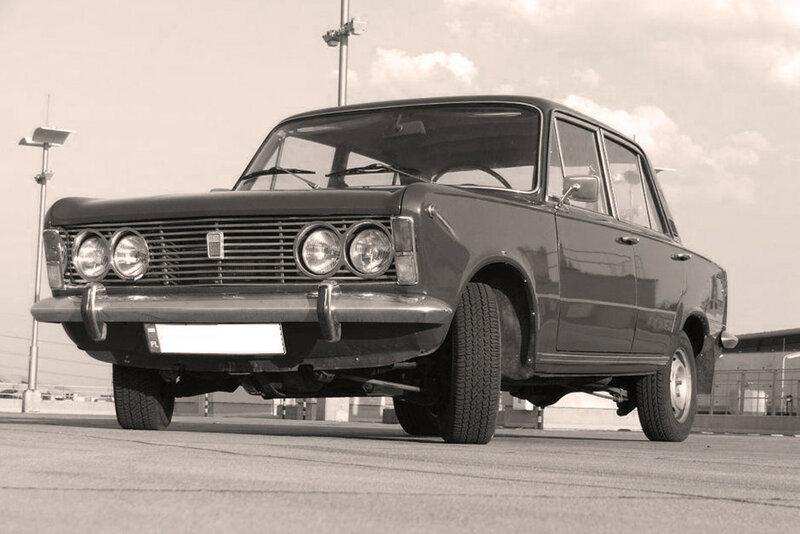 Polski-Fiat-125p-09.jpg