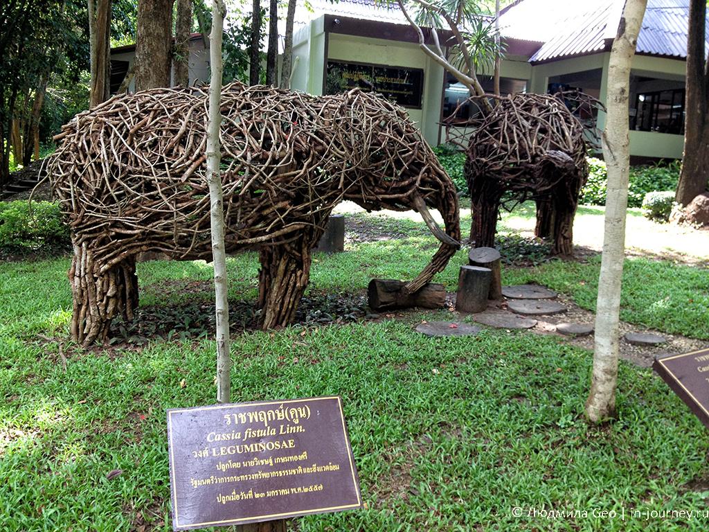 скульптуры из веток в таиланде