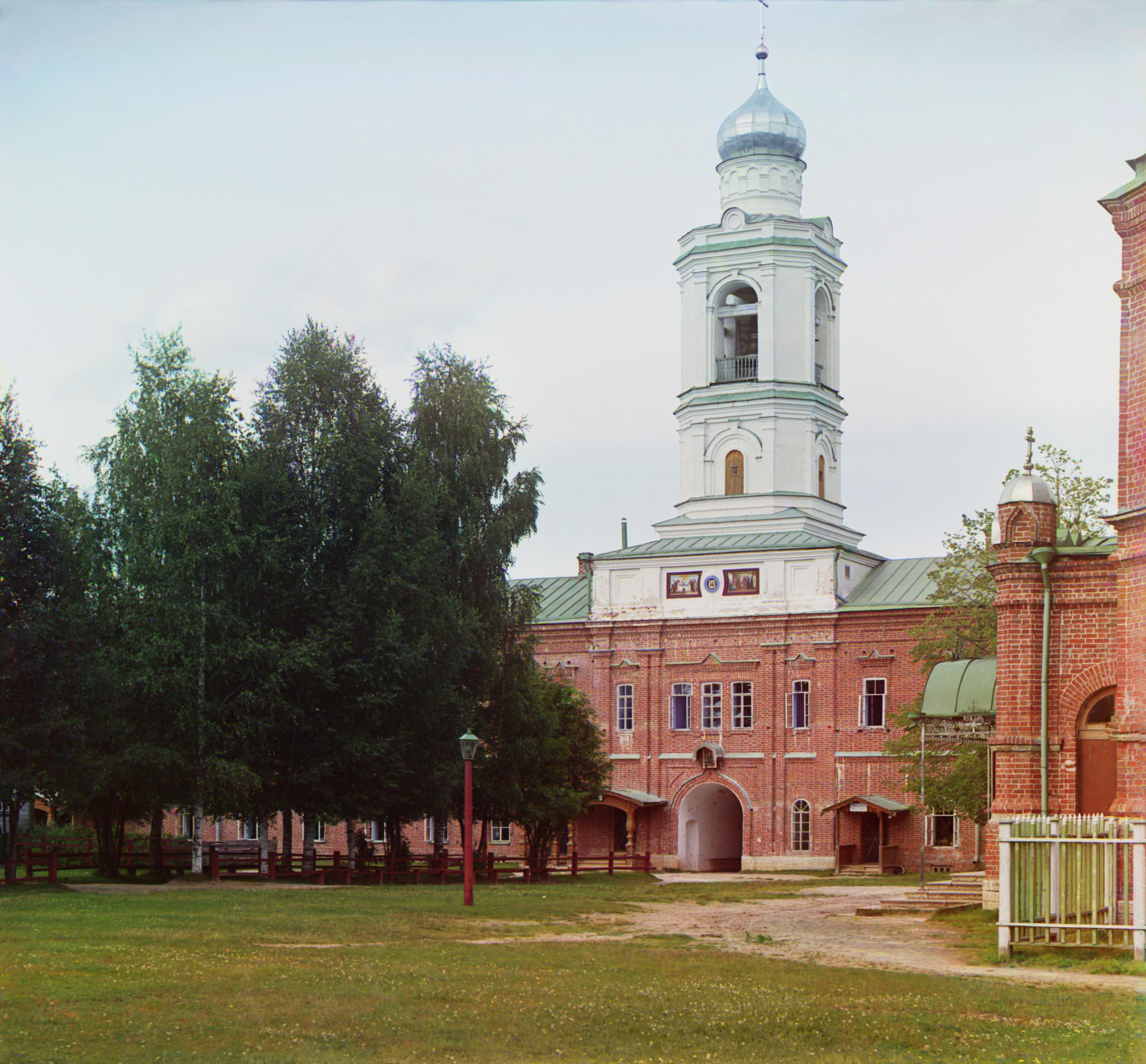 10. Церковь при богадельне