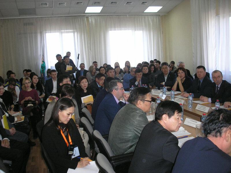 """В последний день марта в Улан-Удэ прошло итоговое совещание по обсуждению технических заданий про проектам строительства в Монголии ГЭС «Шурэн» и ГЭС «Орхон» (фото: """"Номер один"""""""