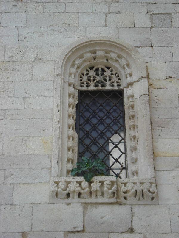 042-окно на северном фасаде.jpg