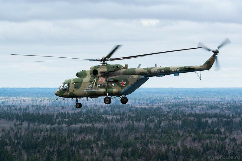 Миль Ми-8МТВ-5 (RF-90424 / 31 красный) ВКС России 081_D800280