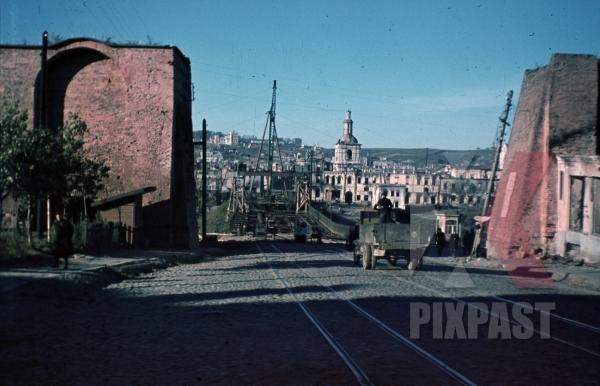 stock-photo-city-wall-of-smolensk-russia-1942-8512.jpg