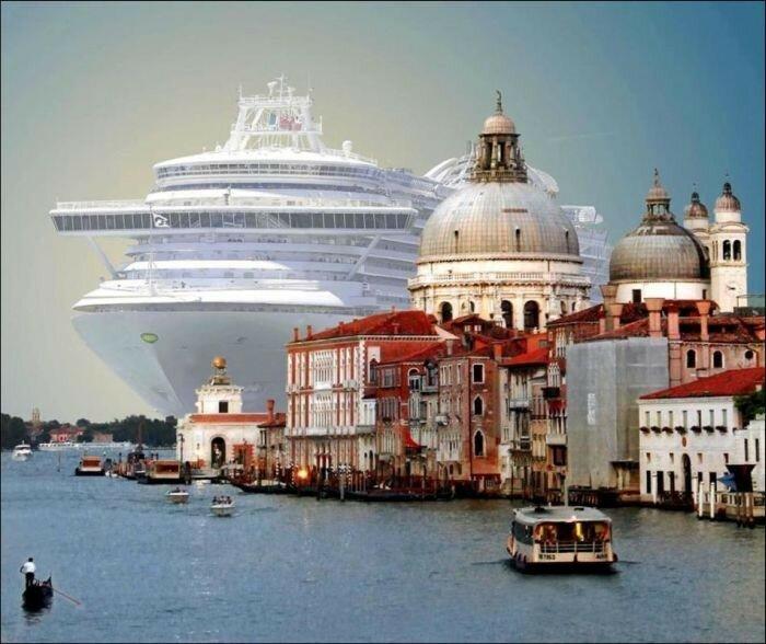 корабль венеция.jpg