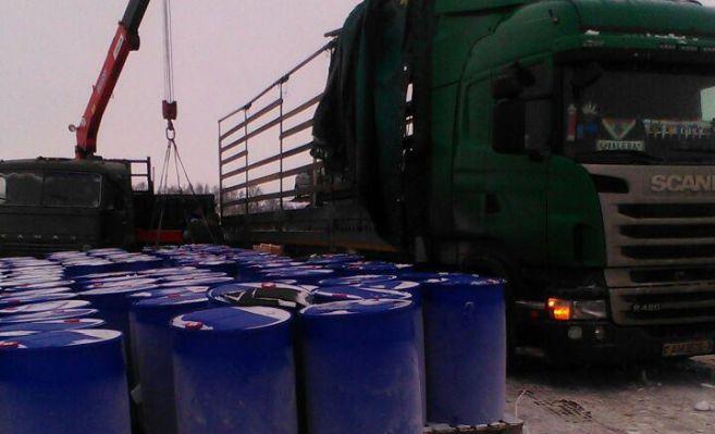 Перевозивший химикаты изПольши фургон  перевернулся вТатарстане