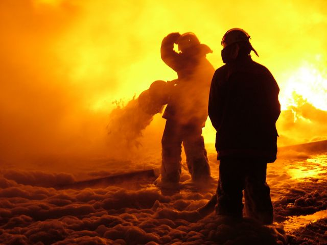 Юноша  чуть несгорел вавтомобиле вВолгоградской области