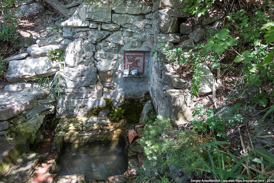 20. Так выглядит Святой Георгий с нижней точки на западном склоне. Каменистая и ... не такая уж