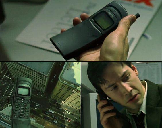 1996 год: Nokia 8110, один из первых телефонов-слайдеров, пользовался огромной популярностью. Именно