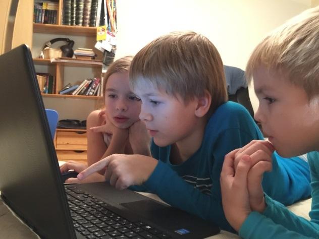 Сколько дошкольников в РФ  пользуются интернетом