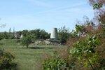 На месте основных объектов комплекса - руины