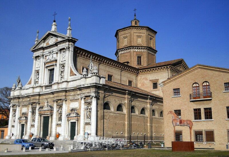 Базилика Санта-Мария-ин-Порто