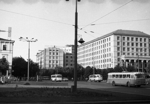НАШ АДРЕС СОВЕТСКИЙ СОЮЗ. Киев, 70-е. Фото Николая Бродяного 002.jpg