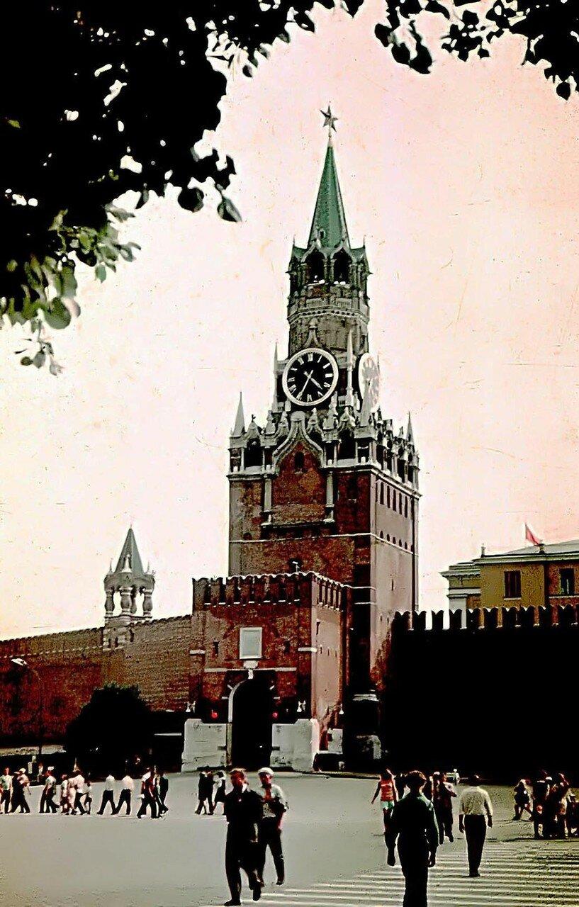 Это нашей истории строки... Москва,1970г. Фото Николая Бродяного.jpg