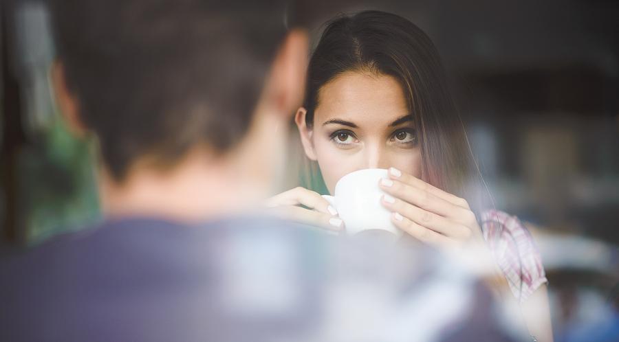 Можно ли выйти замуж за олигарха, работая продавцом ЦУМа?