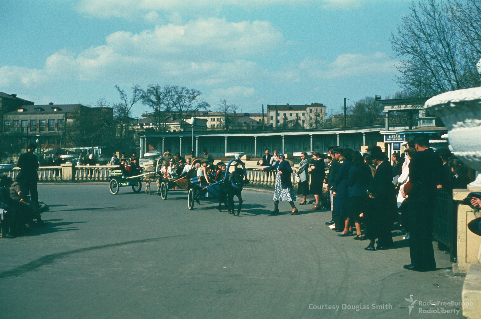 Московский зоопарк. Прогулка на пони