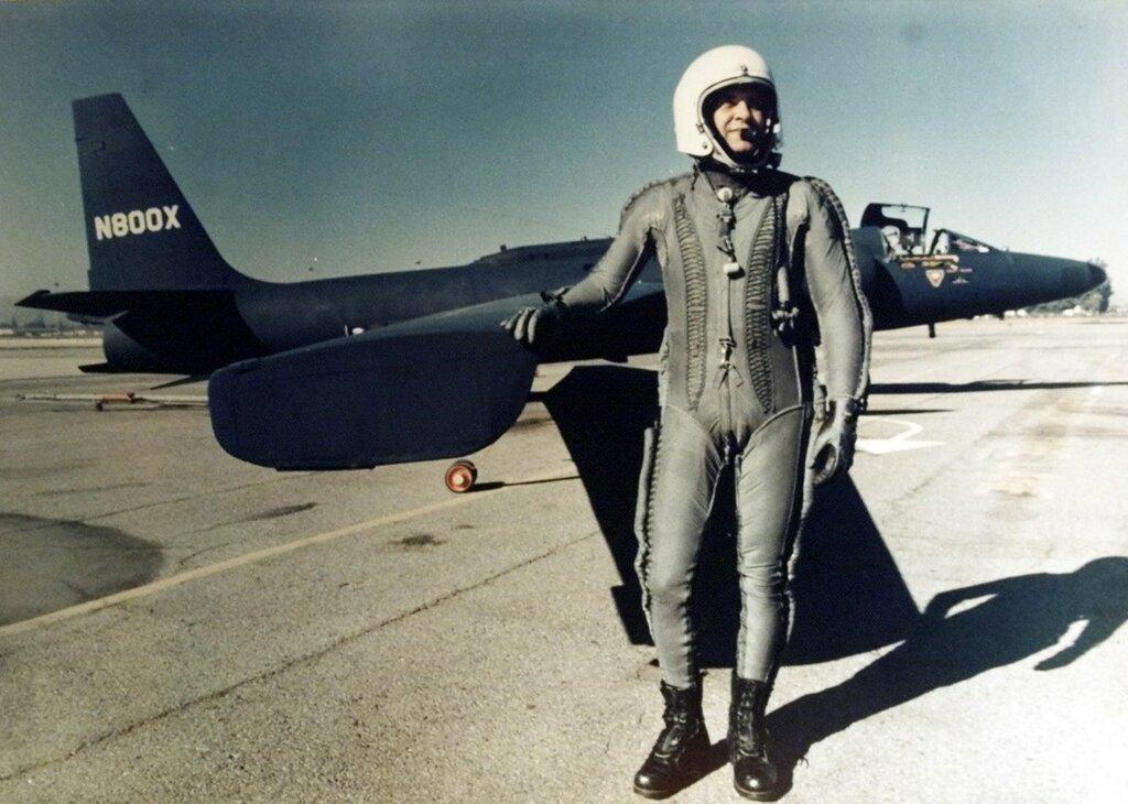Американский летчик Фрэнсис Пауэрс, чей разведывательный самолет был сбит над Уралом 1 мая 1960 года.jpg