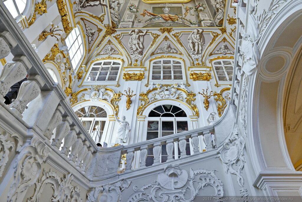 жилой парадная лестница зимнего дворца фото создания эффектного образа