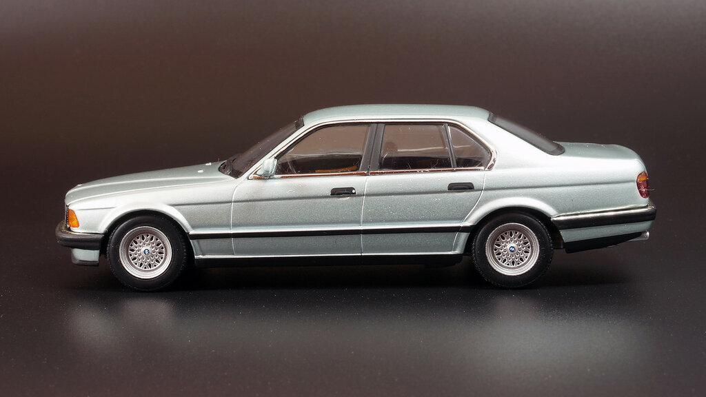 BMW_E32_04.jpg
