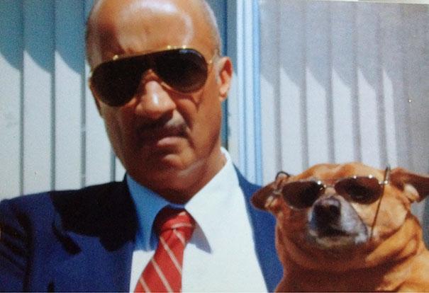 «Мой папа поначалу не хотел, чтобы мы заводили собаку. Я нашла эту фотографию у него в комнате».
