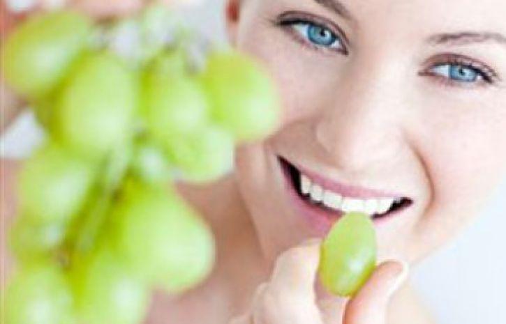 Виноград помогает влечении болезни Альцгеймера— Ученые
