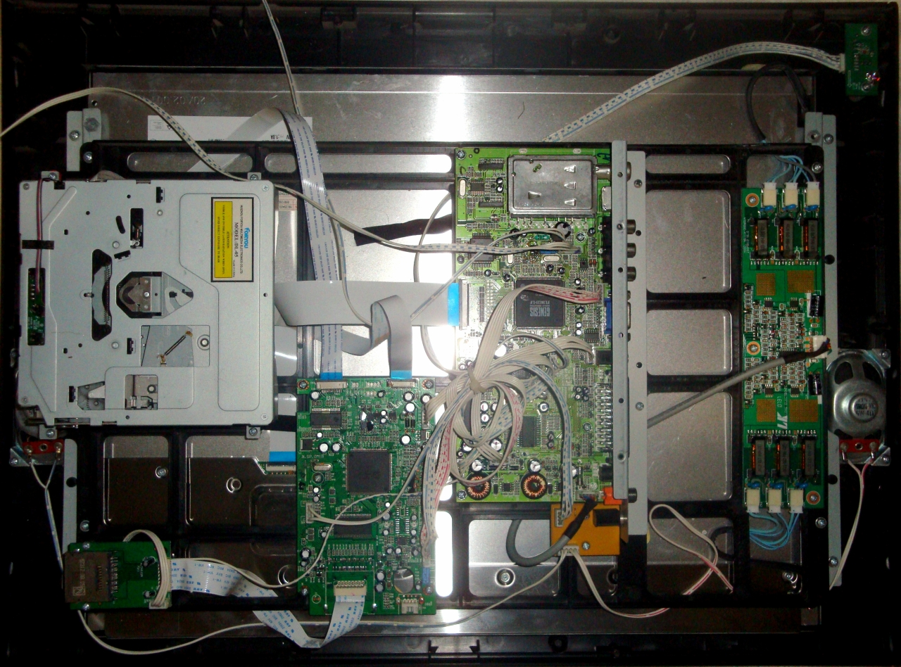 Xoro HTC 2001_002.jpg