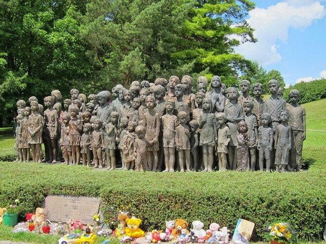 Мемориал детским жертвам войны в Лидице. Чехия
