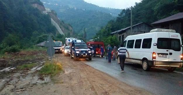 """7 человек, в том числе 11-месячный ребенок, пострадали в результате ДТП возле блокпоста """"Марьинка"""""""