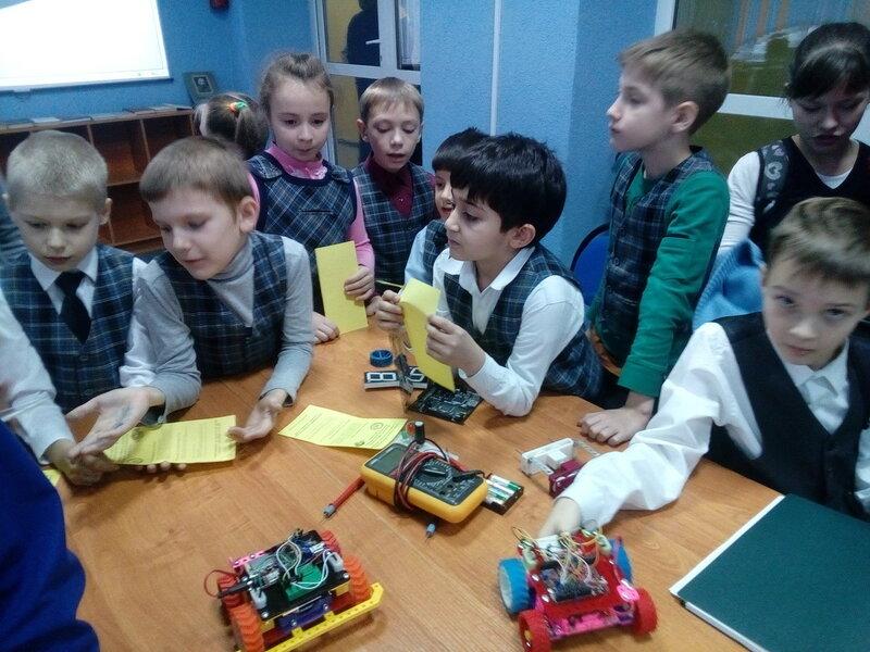 Роботы ДОСААФ в Школе 62 - 40.jpg