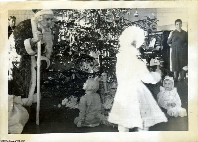 Фотографии, найденные на помойках
