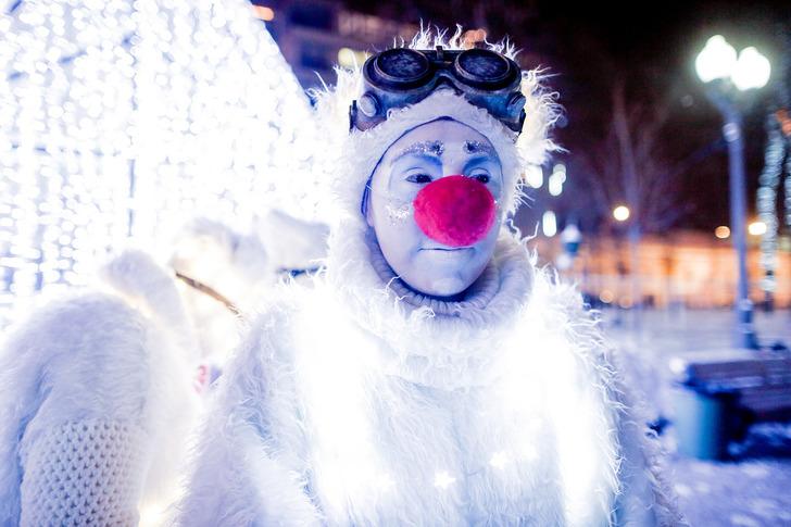 Вот такого задумчивого светящегося парня можно встретить на Пушкинской площади и других площадках «П