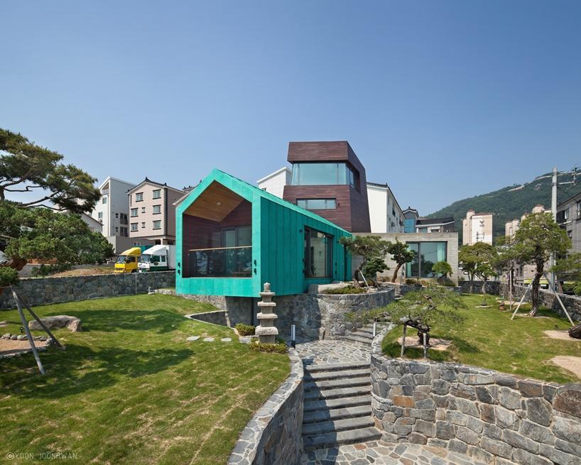 Частный дом со смотровой башней в Корее