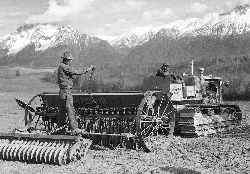 9. Круизные лайнеры на Аляске, 1941 год. (Фото Bettmann):