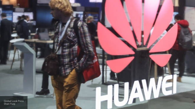 Huawei выпустила мобильные телефоны Nova 2 иNova 2 Plus