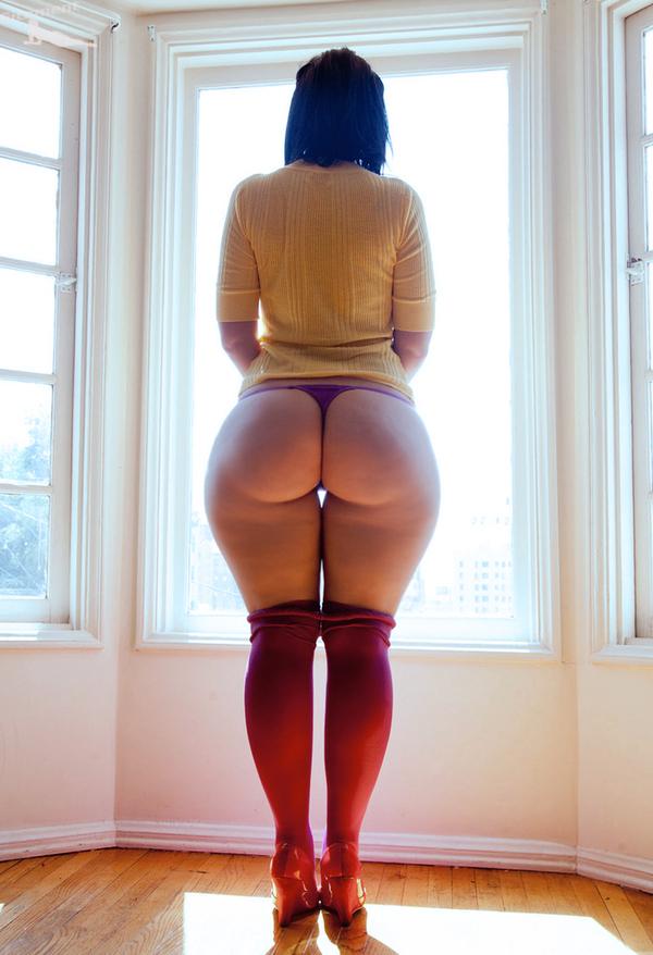 большой зад узкая талия фото