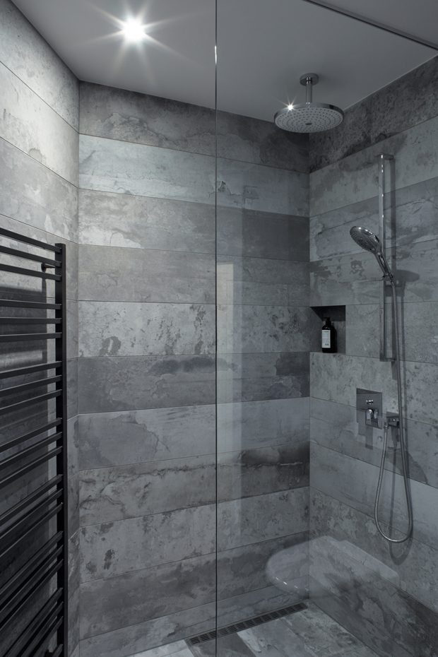 Shower and Bath Tub You can not only swap the position of these two, but can also opt to remove tub