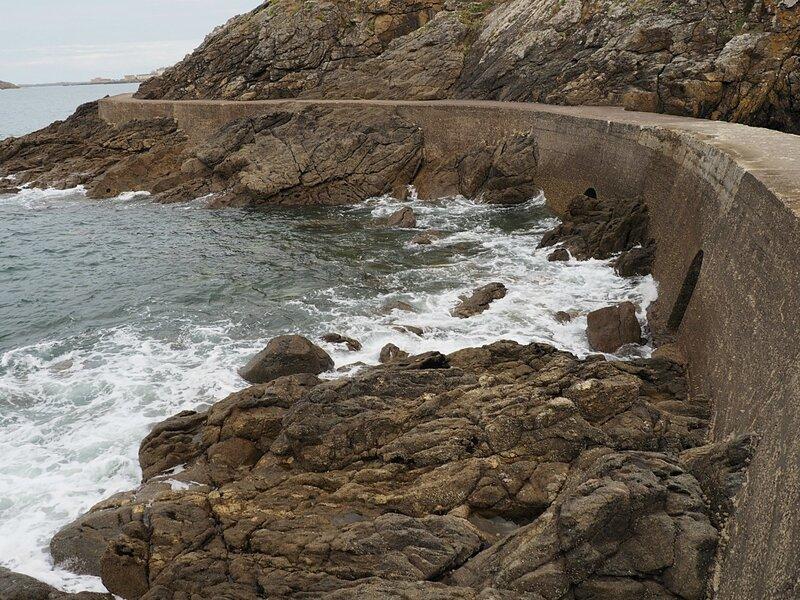 Франция, Динар - тропа вдоль моря (France, Dinar - a trail along the sea)