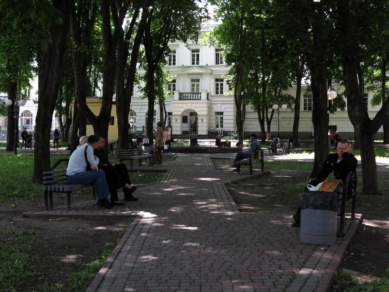 Купить женжину Петровская аллея 1000 в Санкт-Петербурге индивидуалки