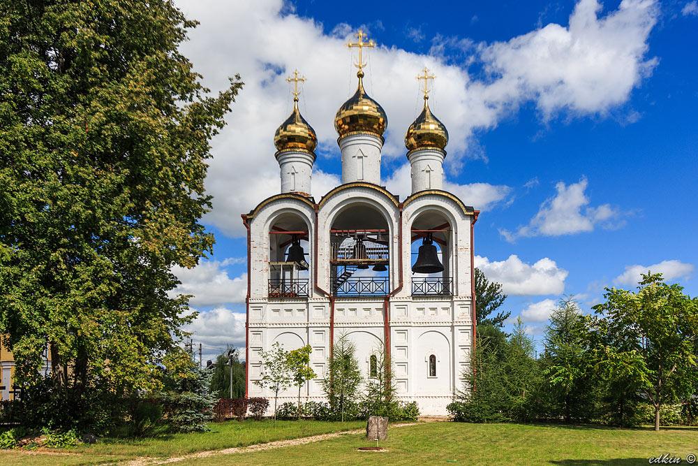 Переславль-Залесский, Никольский женский монастырь, церковь Усекновения главы Иоанна Предтечи