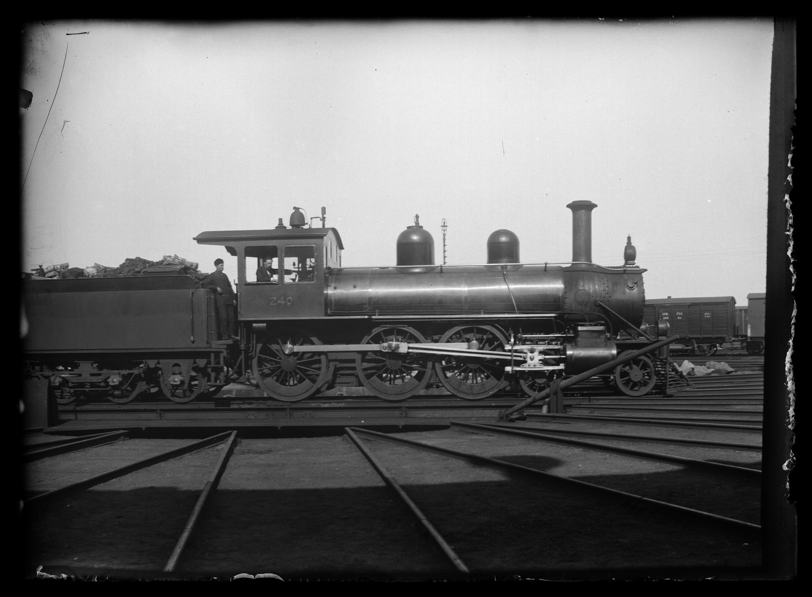 Локомотив серии H1 (позже Hk1) №240 изготовленный Baldwin Locomotive Works, Филадельфия, штат Пенсильвания, США, год выпуска 1898, отказались от использования в 1956