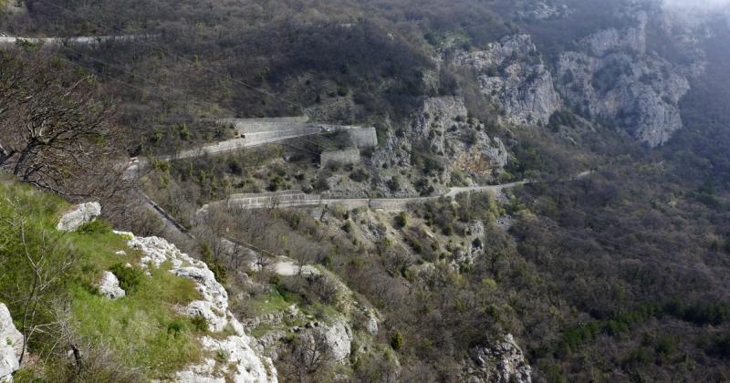 Крым, дорога от Байдарских ворот до Воронцовского дворца