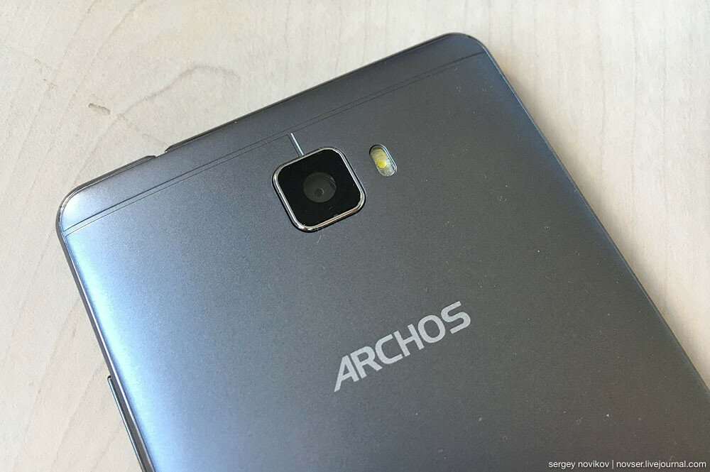 Смартфон ARCHOS 55 Cobalt Plus