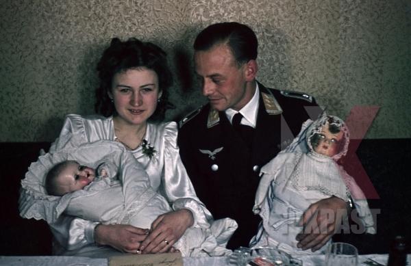 stock-photo-austrian-air-force-pilot-officer-luftwaffe-vienna-wien-austria-medals-uniform-wedding-family-kissing-1941-smeschkal-9859.jpg