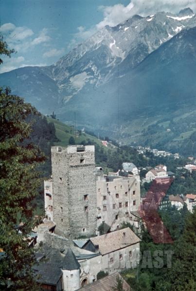 stock-photo-landeck-castle-austria-1941-pontlatz-kaserne-11303.jpg