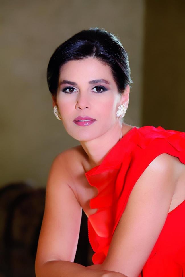 © Sethrida Geagea  Невероятно красивая женщина ипопулярный политик вЛиване. Сетрида смогла п