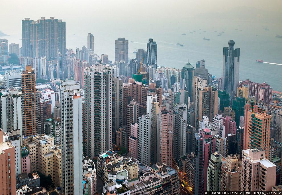 5. Гонконг — город небоскрёбов, рай для любителя высоты и крыш.