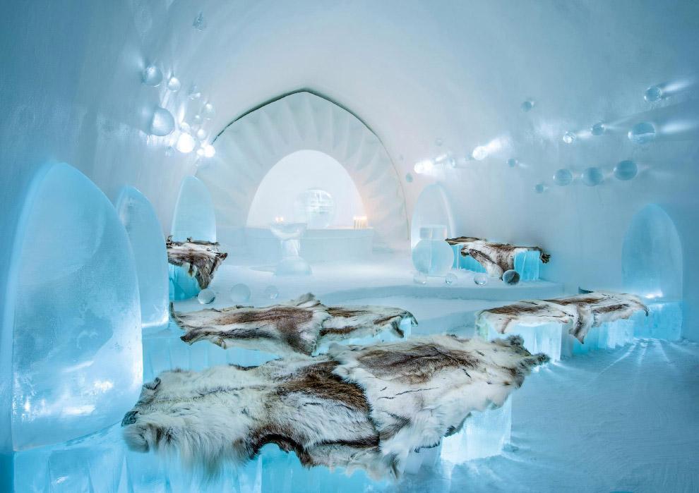 4. Роскошные ледяные кресла. (Фото Icehotel.com):