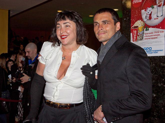 У певицы пять браков за плечами. В разные годы Лолита была замужем за Александром Цекало, актером Ал