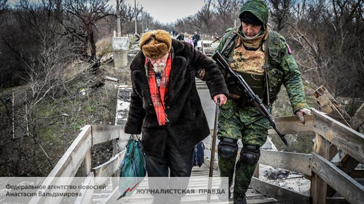 Репортеры и уполномоченные СЦКК попали под обстрел вДонбассе— ЛНР