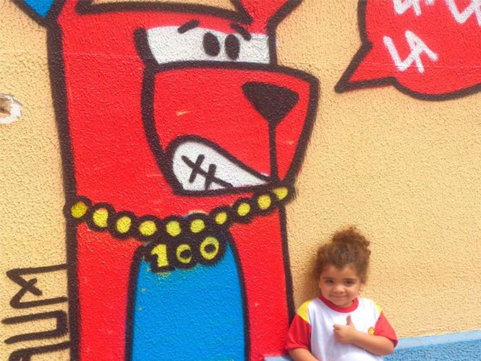 La La La Dog: Grafiteiro faz sucesso com criancas e conquista espaco para criar novo negocio