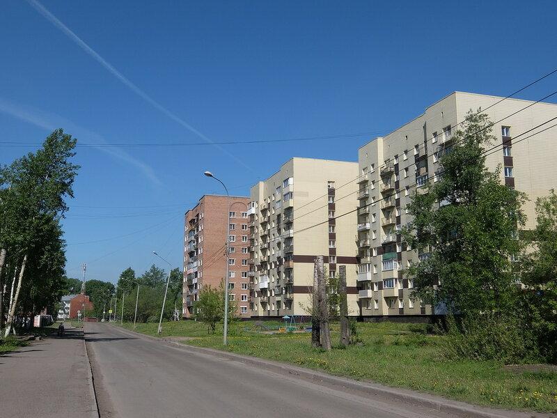 Улица Дузенко